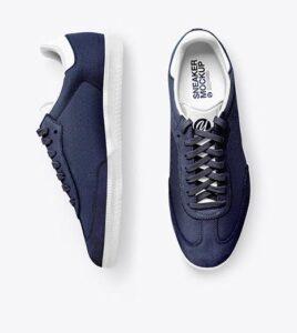 Sneakers-Mockup